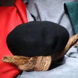 Form-Wolle-Barett-Hut mit Customed Firmenzeichen
