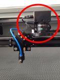 切断の商標のためのCCDのカメラが付いている二酸化炭素レーザーの打抜き機