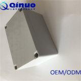 Piccola scatola di giunzione impermeabile di plastica su ordinazione quadrata di Qinuo 200*120*75 millimetro