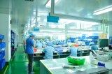 Grafisches Testblatt mit herausgeschnitten und Kleber für industrielles