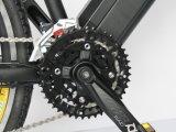 Bicicleta eléctrica de montaña con batería escondida