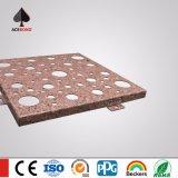 Hoja perforada de aluminio de talla decorativa del panel