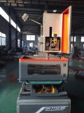 低価格の自動ワイヤーEDM CNC機械