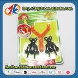 Het Grappige Kleverige Insect van de nieuwigheid met het Plastic Stuk speelgoed van de Katapult