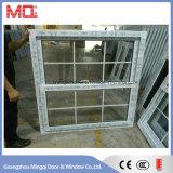 Diseño popular de la parrilla de ventana de cristal de UPVC en China