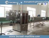 Máquina de etiquetado cada vez más pequeña del animal doméstico de la botella de la funda automática del PVC
