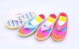 De kleurrijke OpenluchtPantoffels van het Strand voor Dames (TNK20326)