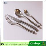 Fourche en acier inoxydable couteau Cuillère Cuillère à café de la Coutellerie de 4 pièces