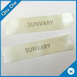 étiquettes de soin de lavage d'impression de taille de 2*8cm pour l'habillement Axccessories