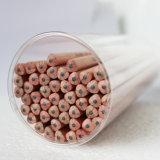 Crayons Hb en bois naturel avec surface lisse du corps