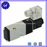 válvula de aire neumática de actuación directa plástica del solenoide de la manera de 4V210-08 Airtac 2