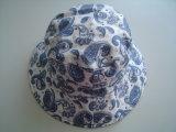 子供の漫画のバケツの帽子