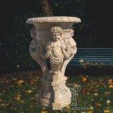 Paare der fantastische Hand geschnitzten Marmorurnen oder des Pflanzers mit Engeln