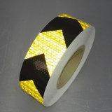 安全のための2.5cm自己接着黄色および黒いの矢のマーキングのトラックの反射テープ