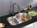 ステンレス鋼の台所の流し、流し、CSAの証明の台紙の倍ボールの台所の流しの下のステンレス鋼
