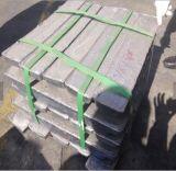 Bateria de chumbo drenado/Placa de pedaços e lingotes de lingote de chumbo 99,97%
