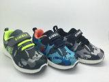 Cor confortável camuflar da venda superior para sapatas das sapatilhas dos esportes das crianças