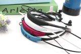 Le modèle neuf folâtre l'écouteur sans fil de stéréo de Stn-730 Bluetooth Earbuds