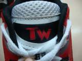 Тапки ботинок баскетбола способа людей вскользь