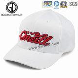 DIYのロゴパターンのための標準的で赤い綿の刺繍の野球帽