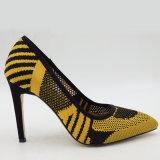 O salto elevado das mulheres calç sapatas extravagantes da bomba das mulheres das sapatas das senhoras