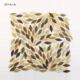 Mozaïek van het Gebrandschilderd glas van de Stukken van de Tegel van de Vloer van de Keuken van de Vorm van het blad het Grijze