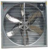 As aves domésticas do exaustor da ventilação ventilam o ventilador de jardinagem
