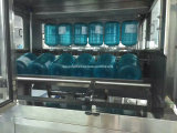 Linea di produzione di riempimento della bottiglia di 5gallon 18.9L 20L 19L dell'acqua automatica del barilotto