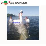 水Towable膨脹可能なスポーツEquopmentの楽しみのための巨大な白鳥水トランポリン