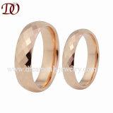 Роуз золотого цвета блестящих купол Band вольфрама свадьбы полосы в 4 мм и 6 мм
