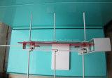 Il nastro metallico a doppia faccia del controsoffitto aggancia la cremagliera di visualizzazione d'attaccatura dello strumento della cucina