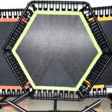 溶接されたフィートおよび溶接されたハンドル棒が付いている専門の商業跳躍の適性のトランポリン