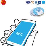 Escritura de la etiqueta del papel de Ntag216 NFC con el pegamento
