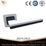 Hardware di legno interno della mobilia della maniglia di portello di doppio colore (Z6073-ZR09)