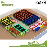 Het grote Park van de Trampoline van de Plaats Binnen, Streek van de Lucht van de Aanraking de Vrije Springende