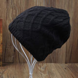 メンズレディース男女兼用の可逆帽子の印刷は編んだ冬の暖かい帽子のケーブルによってねじられた厚い帽子(HW414)を