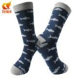 Glückliches Socken-Spaß-Entwurfs-Großhandelskleid trifft kundenspezifische Socken hart