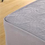Protector impermeable barato acolchado del colchón de la cubierta de colchón del estilo del poliester