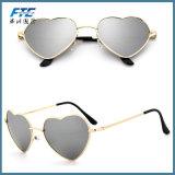 La mode des lunettes de soleil Lunettes de soleil de gros de forme de coeur