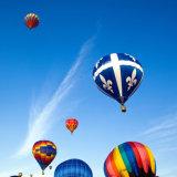 Auserlesenen Heißluft-Ballon färben für, um zu gehen besichtigenfliegen-Konkurrenz-Hochzeits-Reise