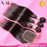 閉鎖が付いているまっすぐのインドのバージンの毛閉鎖7Aの加工されていない人間の毛髪のFacebeautyの毛を搭載するインドのバージンの毛3束の