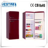 냉장고를 가진 진한 빨강색 색깔 양쪽으로 여닫는 문 냉장고