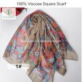 Sciarpa quadrata vendibile stampata floreale dello scialle del poliestere della viscosa di 100%