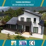 Chalet prefabricado ligero económico de la casa del marco de acero con diseño