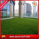 Alfombra del paisaje y precio sintetizado competitivo de la hierba
