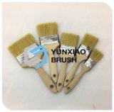 Pinceau avec les outils en caoutchouc de peinture de traitement