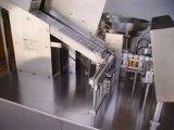 Comprimé effervescent dans la machine à emballer de tube avec la couverture en verre