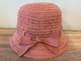 Связанный способом шлем хлопка с смычком для женщин