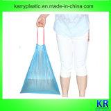 Sacs de déchets de HDPE sur le roulis avec Drawtape