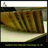 Panneau en aluminium de nid d'abeilles de traitement anti-corrosif léger